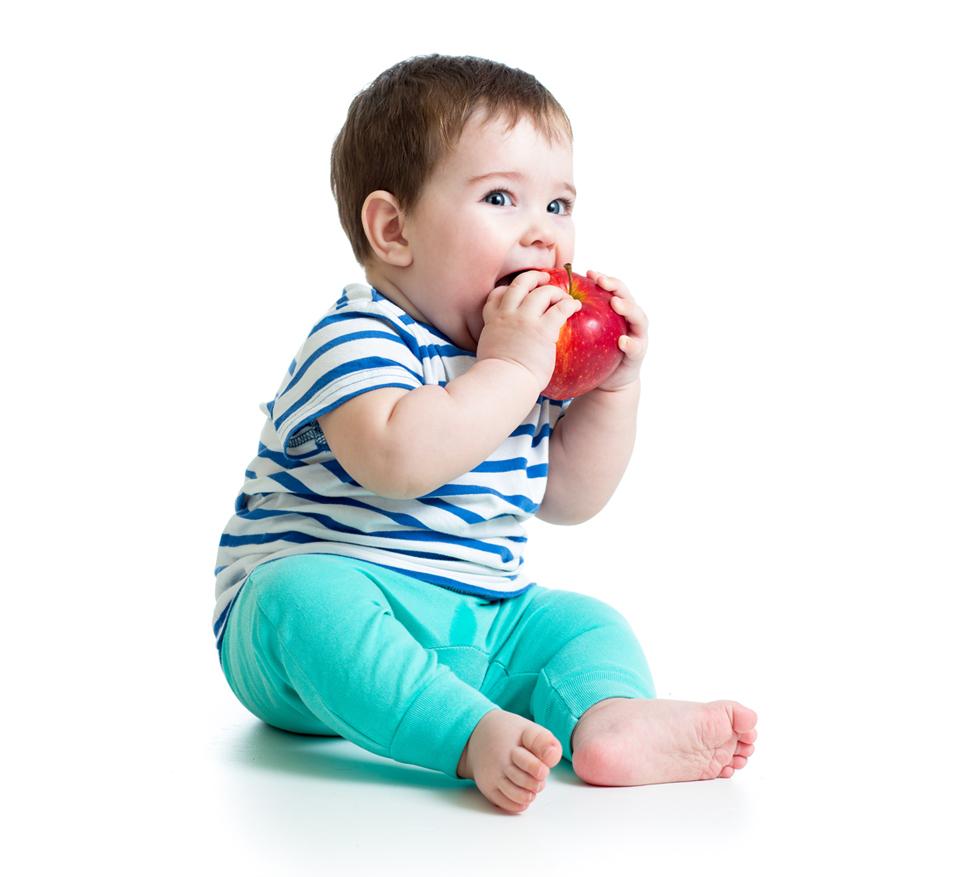 baby-boy-eating-fruit